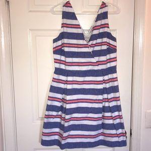 Vineyard Vines Dresses - Vineyard Vines jean linen stripe dress size 10